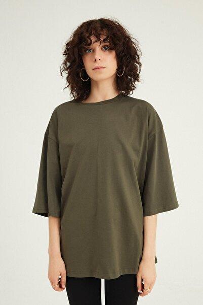 Quzu Kadın Haki Truvakar Kol Basic Oversize T-Shirt