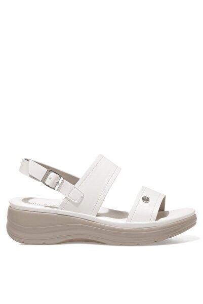 Nine West ADEVIEL 1FX Beyaz Kadın Kalın Tabanlı Sandalet 101029347