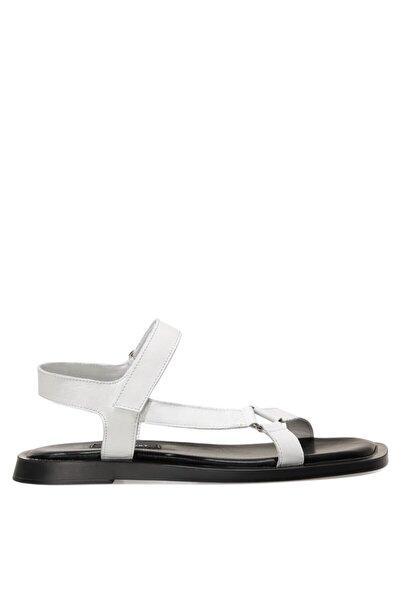 Nine West TRIP 1FX Beyaz Kadın Sandalet 101031208