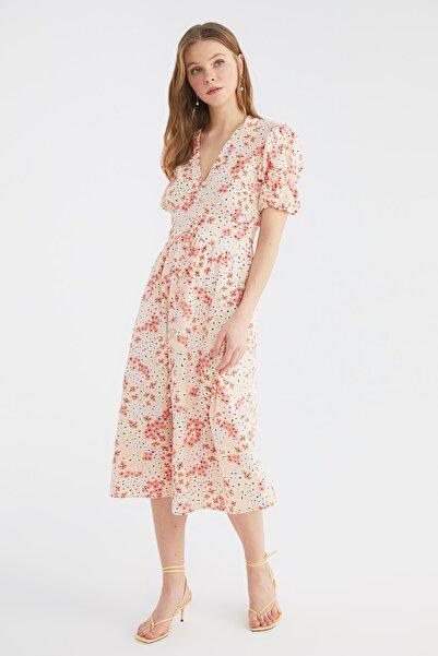TRENDYOLMİLLA Çok Renkli Düğme Detaylı Elbise TWOSS21EL3814