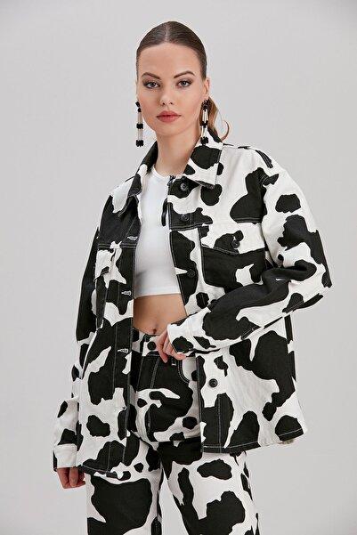 Y-London Kadın Siyah-Beyaz Hayvan Desen Kot Ceket YL-CE99996