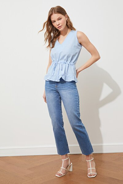 TRENDYOLMİLLA Mavi Bağlama Detaylı Bluz TWOSS20BZ0898
