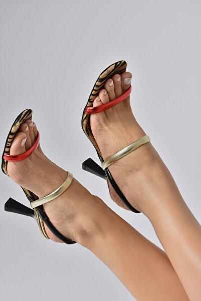 Fox Shoes Kadın Topuklu Ayakkabı K404070609
