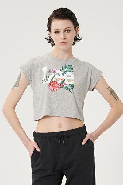 Lee Kadın Gri Melanj Kısa Kollu Grafik Desenli Sıfır Yaka Tişört