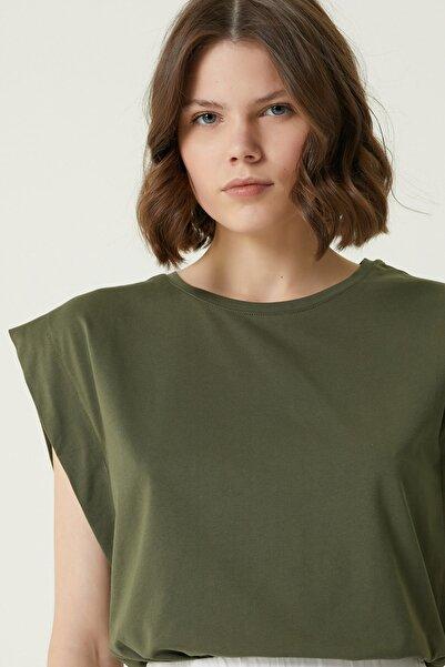 Network Kadın Basic Fit Haki Kol Detaylı T-shirt 1079414