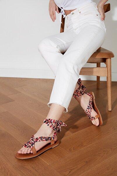 TRENDYOLMİLLA Çok Renkli Hakiki Deri Kadın Sandalet TAKSS21SD0030
