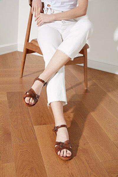 TRENDYOLMİLLA Kahverengi Hakiki Deri Kadın Sandalet TAKSS21SD0034