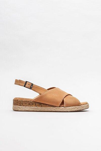 Elle Shoes Kadın Naturel Deri Dolgu Topuklu Sandalet