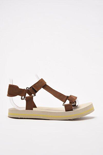 TRENDYOLMİLLA Taba Kadın Sandalet TAKSS21SD0028