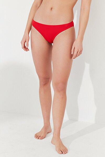 Penti Kadın Kırmızı Basic Slip Bikini Altı