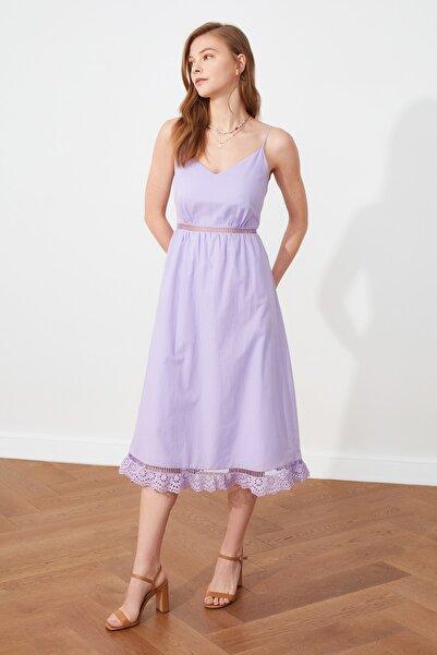 TRENDYOLMİLLA Lila Askılı Dantel Detaylı Elbise TWOSS19XO0102