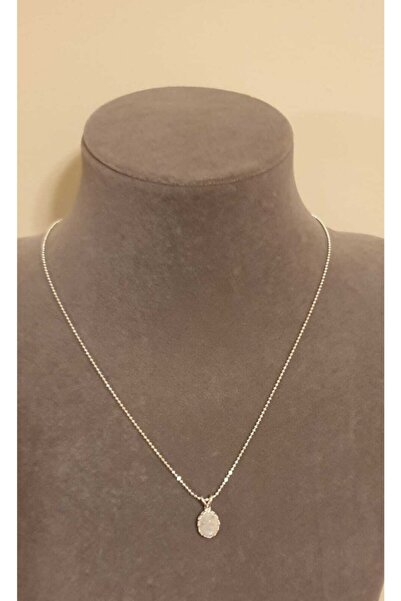 KARRA 925 Kadın Doğal Oval Kesim Ay Taşı (moonstone) Gümüş Kolye