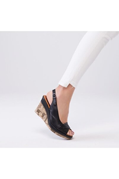 Zeyn Kadın Siyah Sandalet 9024