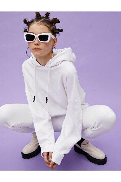 Koton Kadın Beyaz Kapüşonlu Sweatshirt