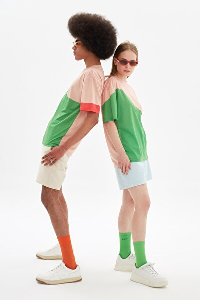 TRENDYOL MAN Pudra Unisex Oversize T-Shirt TMNSS21TS3357