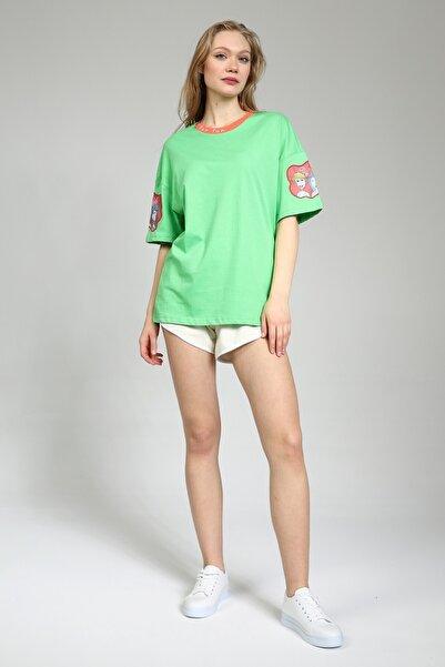 Masorte Kadın Elma Yeşili Yaka Baskılı Kol Nakışlı T-shirt