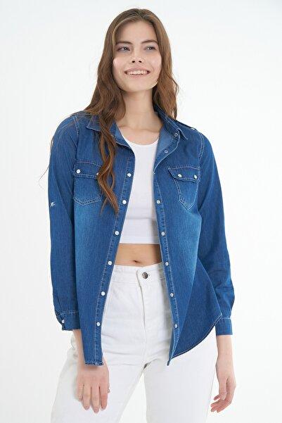 Pattaya Kadın Cep Detaylı Kot Gömlek Y20s110-3410