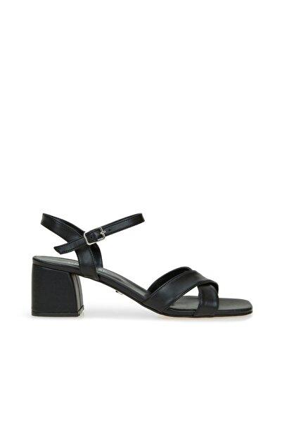 Dıvarese Kadın Siyah Çapraz Bantlı Sandalet