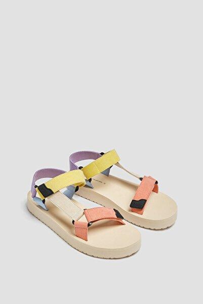 Pull & Bear Kadın Çok Renkli Çok Renkli Spor Sandalet 11708740