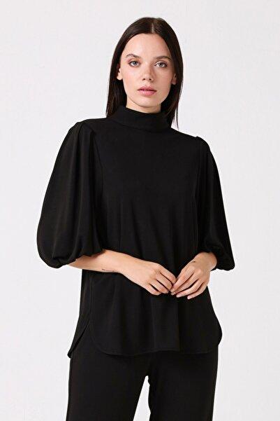 Gusto Kadın Siyah Kolu Büzgülü Bluz