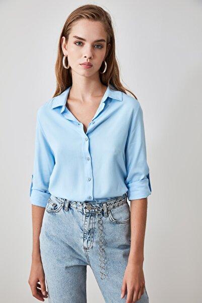 TRENDYOLMİLLA Mavi Basic Gömlek TWOSS19ST0226