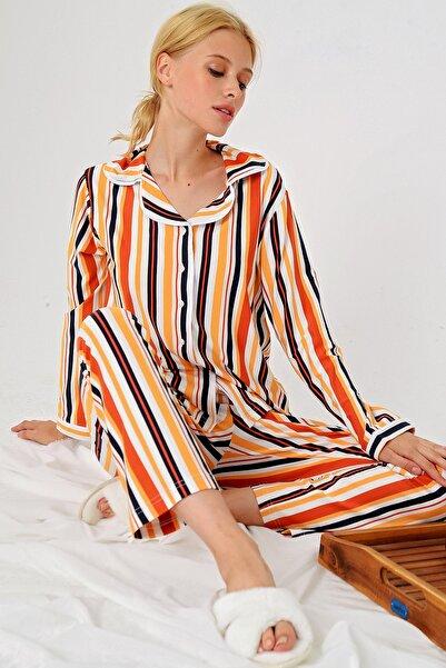 Trend Alaçatı Stili Kadın Multi Çizgili Gömlek Yaka Pijama Takım ALC-X4801