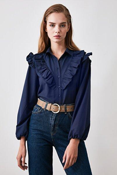 TRENDYOLMİLLA Lacivert Fırfır Detaylı Gömlek TWOAW21GO0118