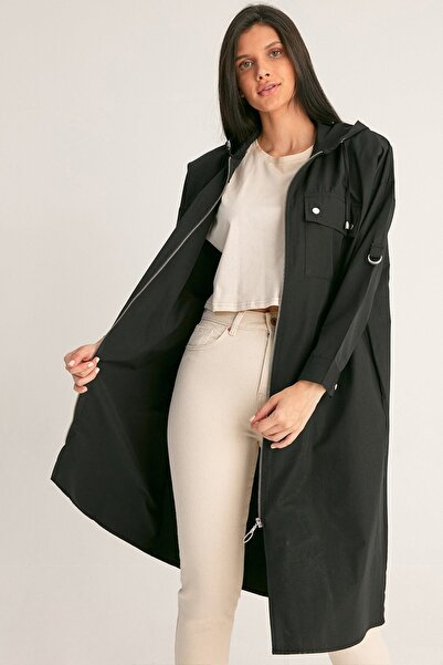Fulla Moda Kadın Siyah Fermuarlı Kapüşonlu Trençkot