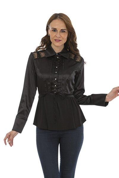Bosca Siyah Omuz Ve Arka Dantel Detaylı Bel Bağcıklı Uzun Kol Nervürlü Saten Gömlek