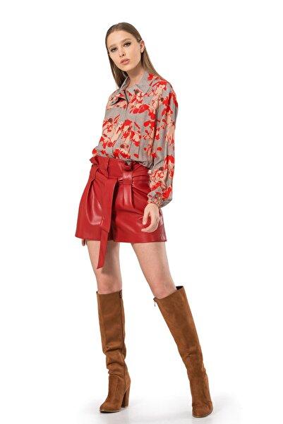 BİRELİN Kadın Kırmızı Dik Yaka Beli Lastikli Bluz