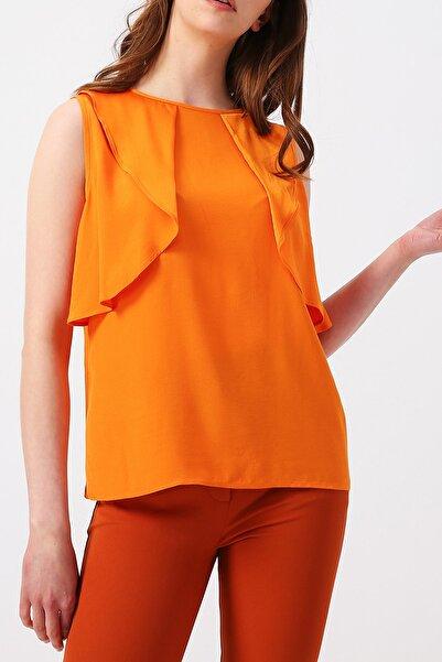 RANDOM Kadın Turuncu Önü Çift Fırfır Detaylı Sıfır Yaka Bluz