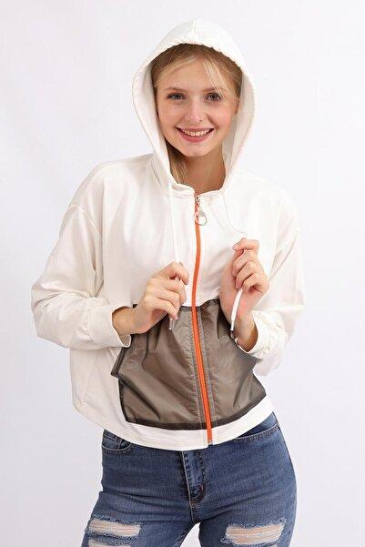 Deppoist Kadın Beyaz Kapüşonlu Cep Detay Basıc Sweatshirt