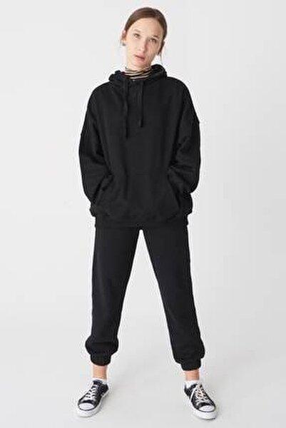 Kadın Siyah Kapüşonlu Sweatshirt ADX-0000014040