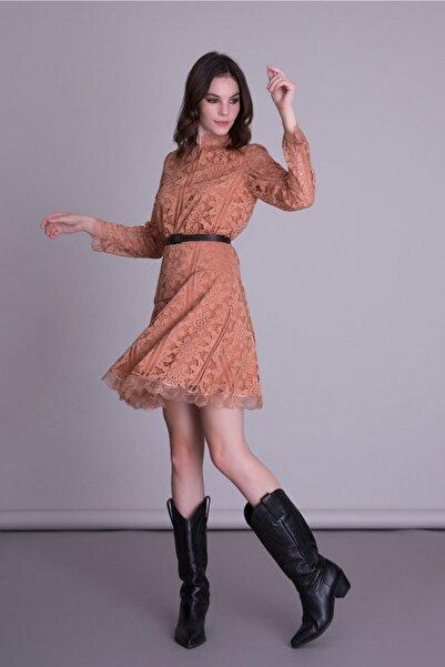 GIZIA CASUAL Kadın Kemer Detaylı Somon Rengi Dantel Kloş Elbise