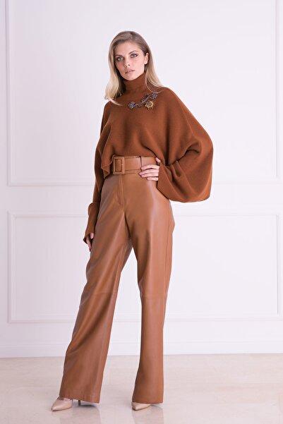 xGIZIA Kadın Tütün Rengi Kemer Detaylı Deri Pantolon