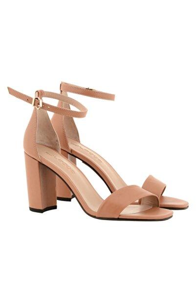 Nursace Kadın Kahverengi Tek Bant Topuklu Ayakkabı