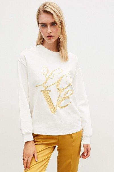 İpekyol Kadın Beyaz Slogan Nakışlı Sweatshirt