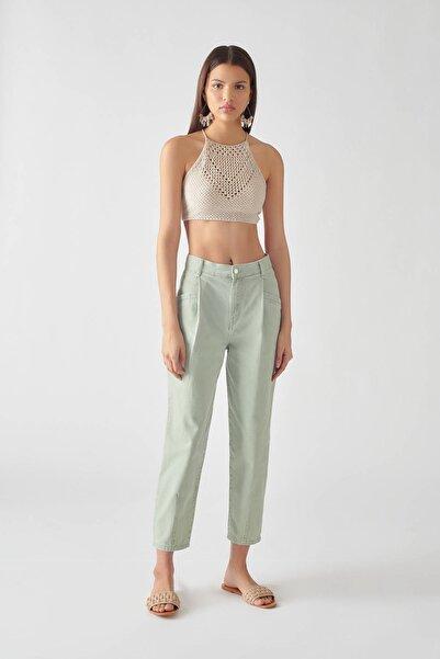 Pull & Bear Kadın Pilili Su Yeşili Pantolon 05670328