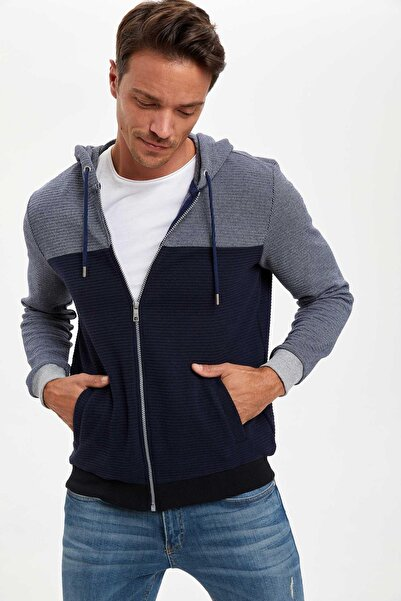 DeFacto Erkek Navy Regular Fit Kapüşonlu Fermuarlı Sweatshirt R5768AZ20AU
