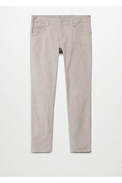 MANGO Man Erkek Açık Gri Denim Görünümlü Dar Kesimli Fitilli Kadife Pantolon