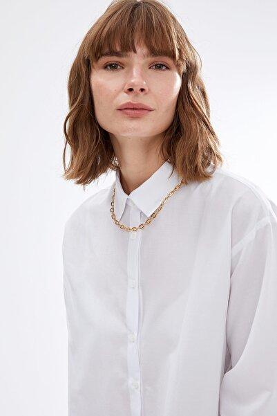 DeFacto Kadın Whıte Oversize Fit Düşük Omuzlu Gömlek S2230AZ20AU