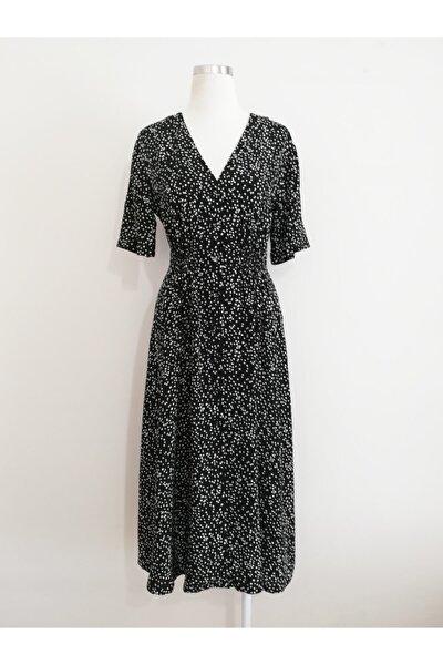 Vekem Kadın Siyah Belden Büzgülü V Yakalı Elbise