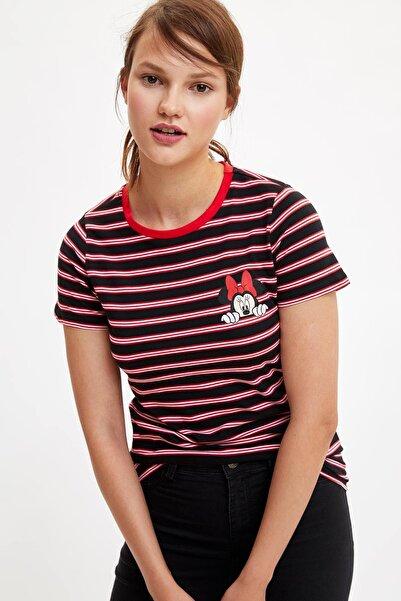 DeFacto Kadın Siyah Mickey Mouse Lisanslı Kısa Kollu T-shirt K9037AZ.19SM.BK27