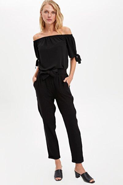 DeFacto Kadın Siyah Kendinden Kemerli Relax Fit Pantolon M0350AZ.19HS.BK32