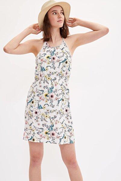 Kadın Beyaz Desenli Plaj Elbisesi K4265AZ.19SM.WT1