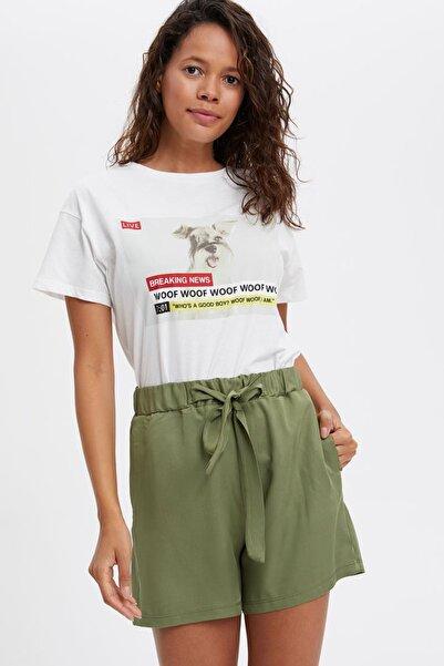 Kadın Yeşil Kuşaklı Relax Fit Şort L0641AZ.19HS.GN624