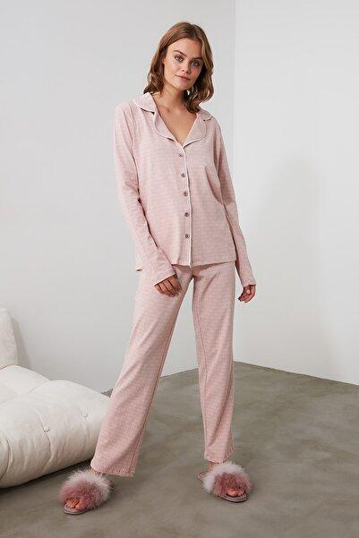 TRENDYOLMİLLA Pudra Örme Pijama Takımı THMAW20PT0265