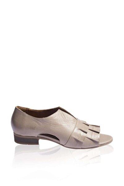 BUENO Kadın Gri Önü Büzgülü Hakiki Deri Düz Sandalet 9n5117