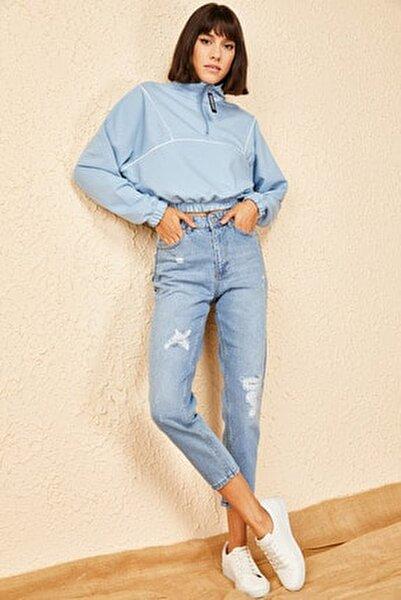 Kadın Mavi Yırtmaçlı Mom Pantolon
