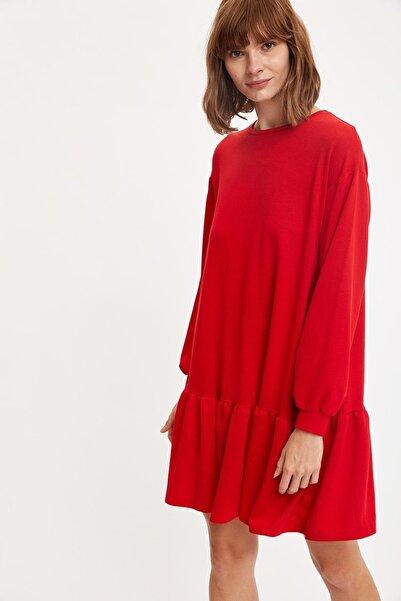 DeFacto Etek Ucu Volanlı Oversize Elbise